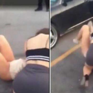 两女街头斗殴,网友叹香艳暴力