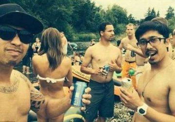 比基尼女子看似没穿泳裤,其实只是男人的手臂