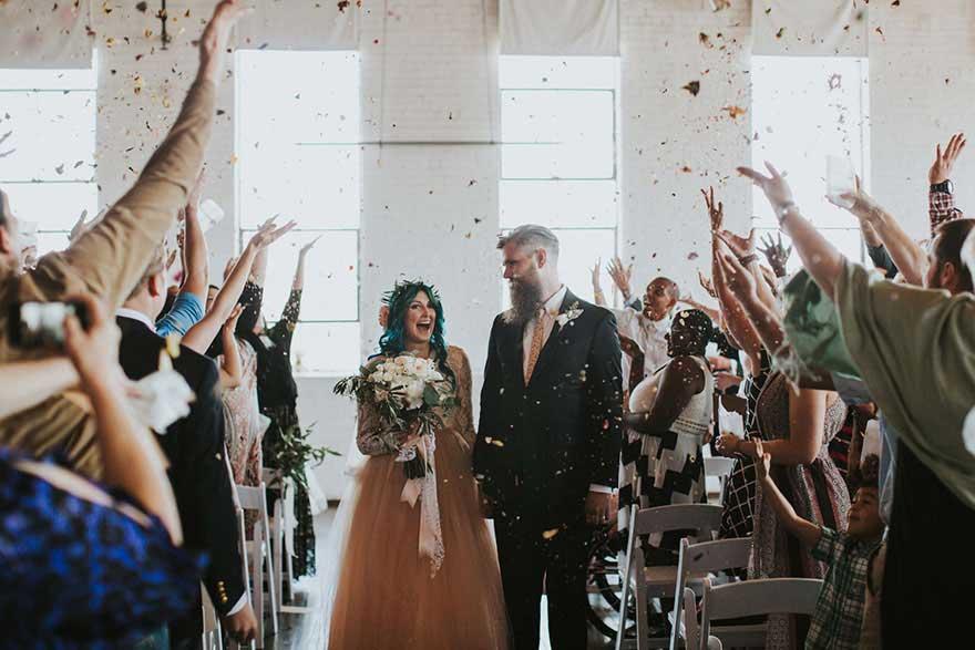 新郎与新娘在一起