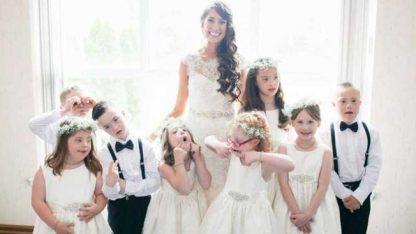 特教女老师婚礼的特殊客人,整个班级来到婚礼现场