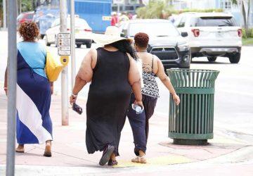 美国人越来越胖,10个成年人就有4个体重超标