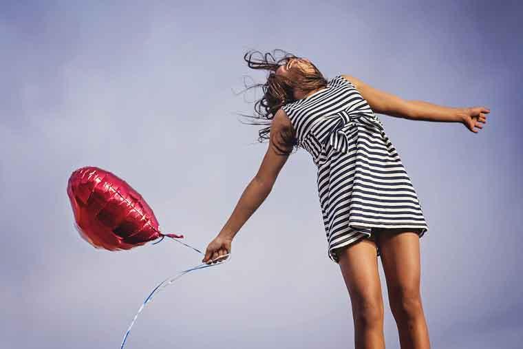 剩女不可怕!英国研究,未婚女性更快乐健康和长寿